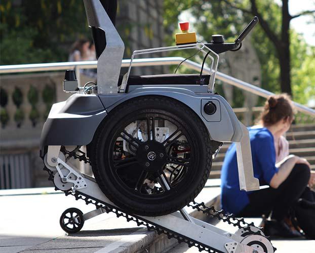 Sedie A Rotelle Per Scale : Montascale a cingoli per disabili mobili e con ruote scale per