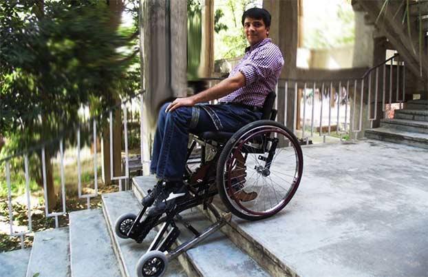 Sedie A Rotelle Per Scale : Vardaan la sedia a rotelle per salire e scendere una rampa di